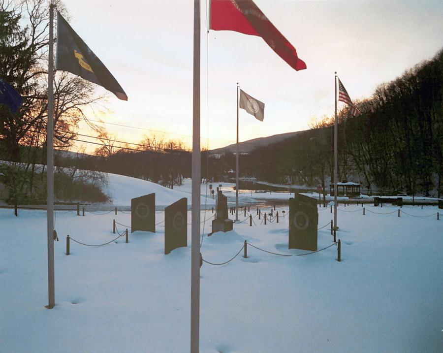 memorial_snow